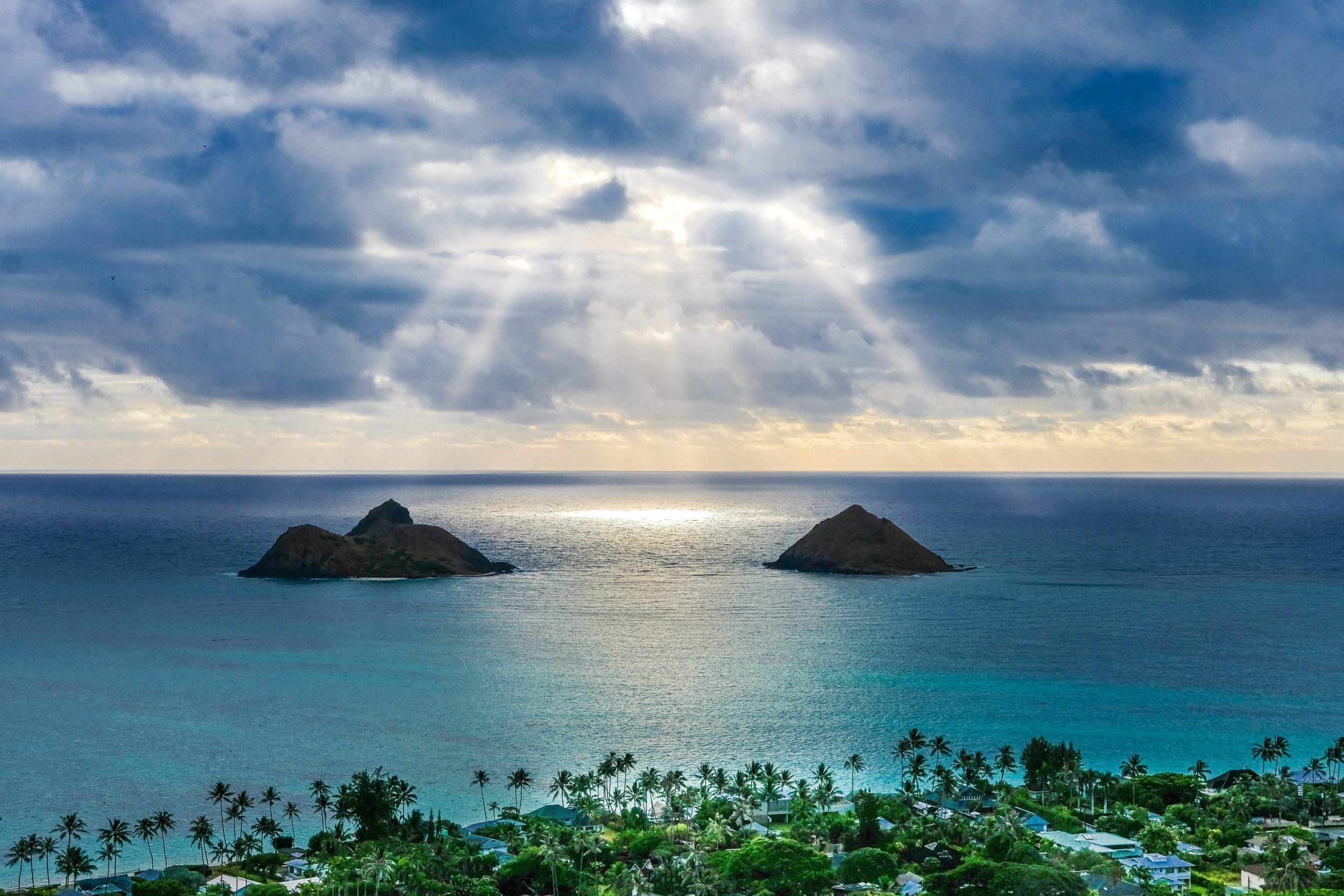 美しいビーチ全米1位「天国の海」ラニカイビーチ(カイルア)