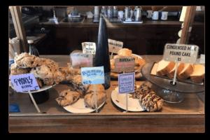 マノアの人気カフェ「モーニング・グラス・コーヒー」