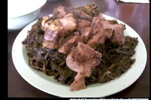 ダ・オノ・ハワイアンフードでオノリシャスな伝統料理を